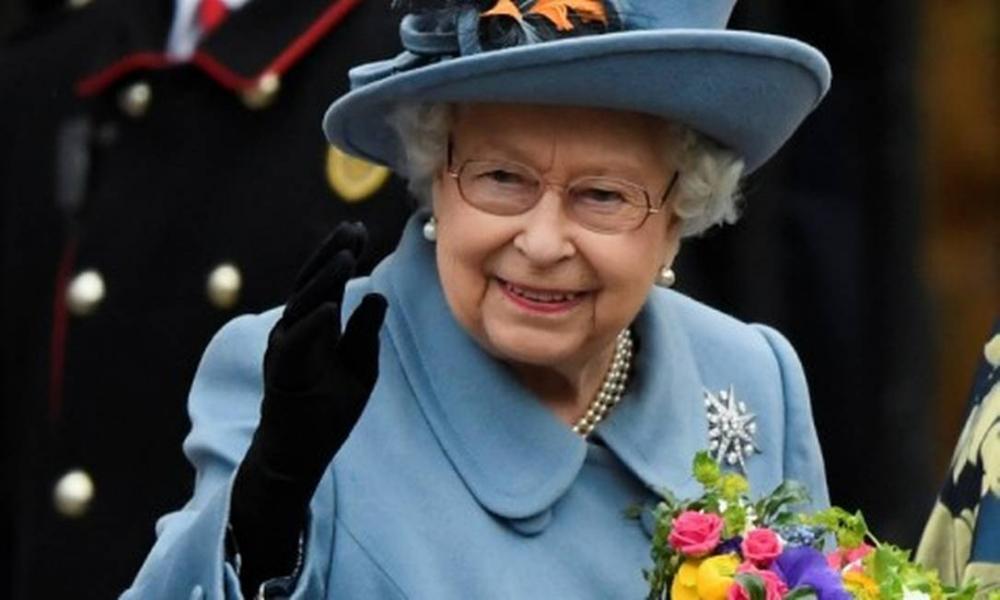 Elizabeth II Foto: TOBY MELVILLE / REUTERS