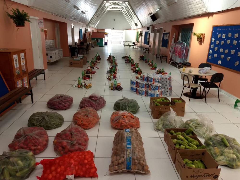 Campanha arrecada alimentos para catadores de recicláveis durante a pandemia