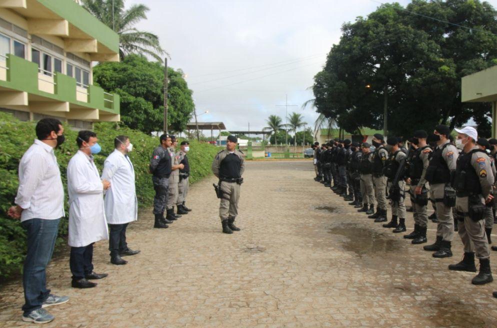 Especialistas do HEA orientam policiais militares nos cuidados e prevenção  com a Covi-19