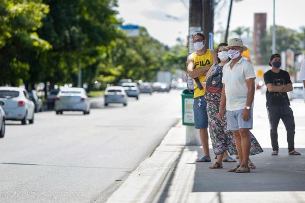 Movimento nas ruas cresceu e especialistas alertam: o que salva é o isolamento social | Foto: Felipe Brasil