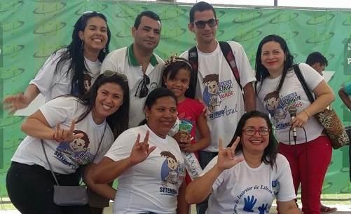 Comunidade surda de Arapiraca solicita intérprete de libras em pronunciamentos