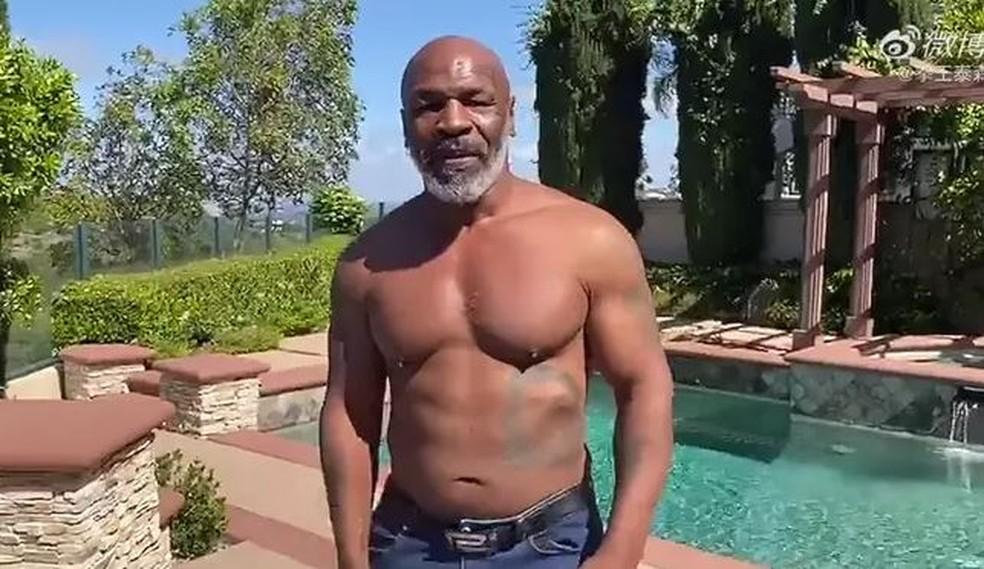 Mike Tyson diz que volta aos ringues é séria e deve anunciar combate nesta semana