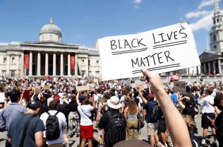 EUA vivem 6º dia de manifestações contra a morte de George Floyd