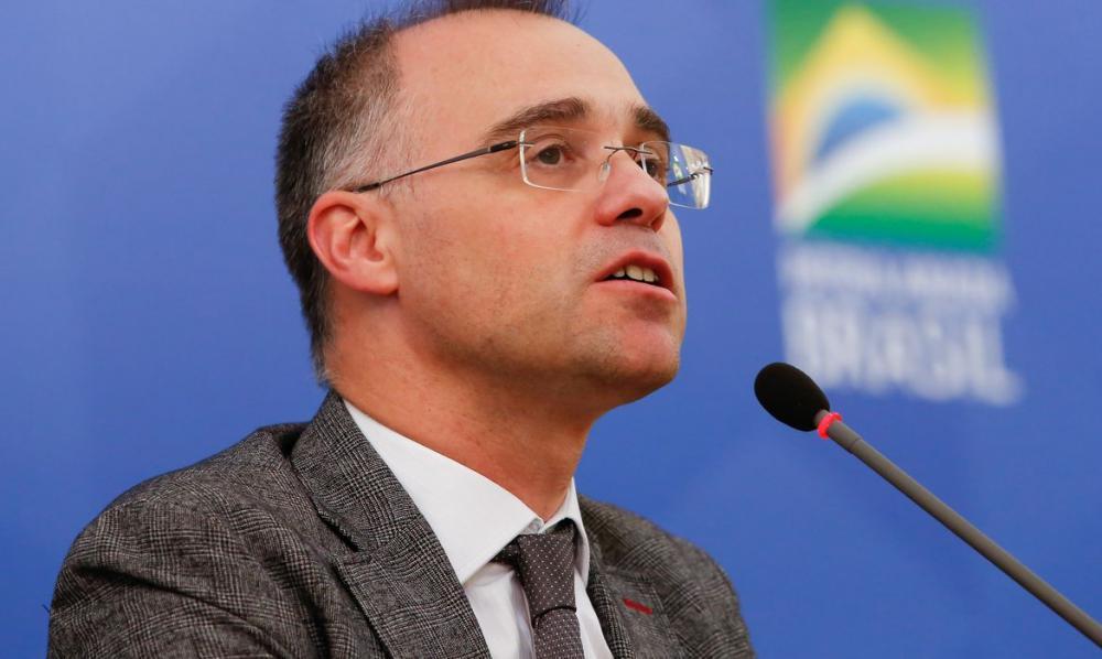 Ministro pede investigação da PF com base na Lei de Segurança Nacional