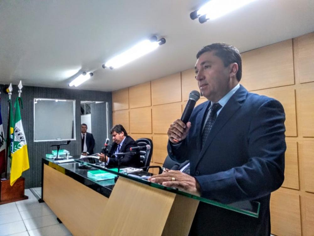 Vereador diz que demissões de comissionados da prefeitura de Arapiraca é cruel