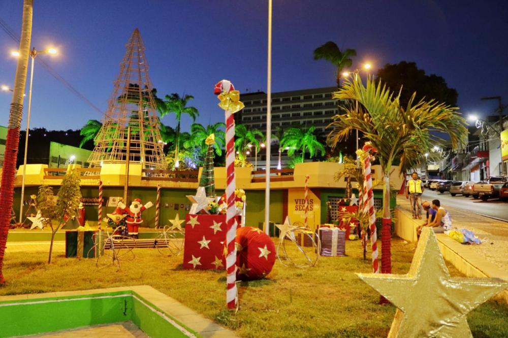 Prefeitura faz últimos ajustes do Natal Luz: um presente para você!