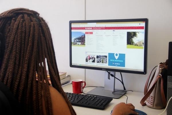 Detran de Alagoas divulga lista dos serviços que estão disponíveis na internet