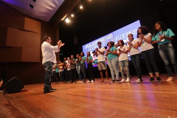 Com o tema Economia Criativa, vice-governador aponta o novo ano letivo como ideal para estimular o potencial dos estudantes Thiago Henrique