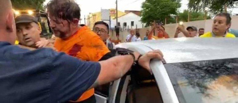Cid Gomes levou tiro ao tentar em meio a protesto reprodução/rede social